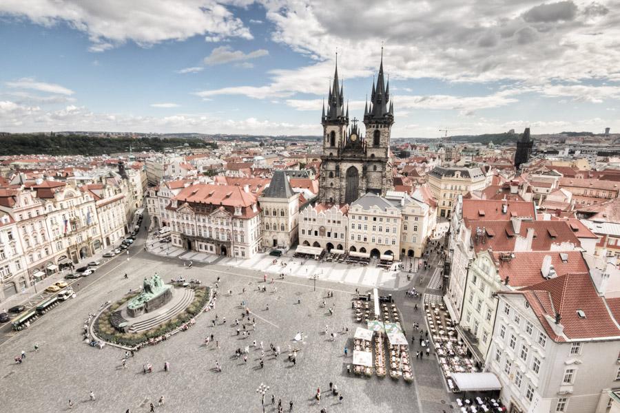 Prahan vanhankaupungin aukio. Kuva: Brad Hammonds, Flickr CC
