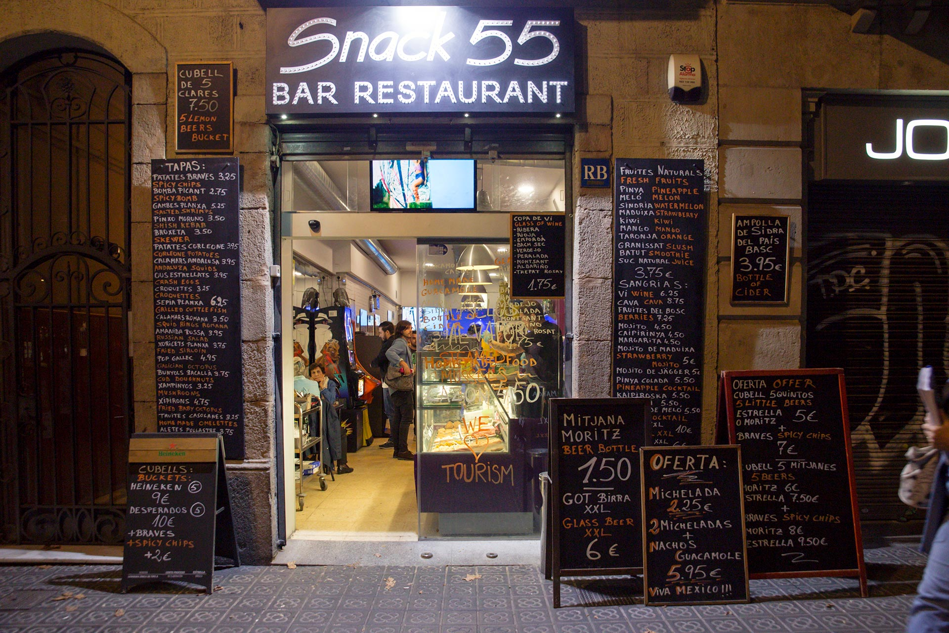 Bar Snack 55 © Tuulia Kolehmainen