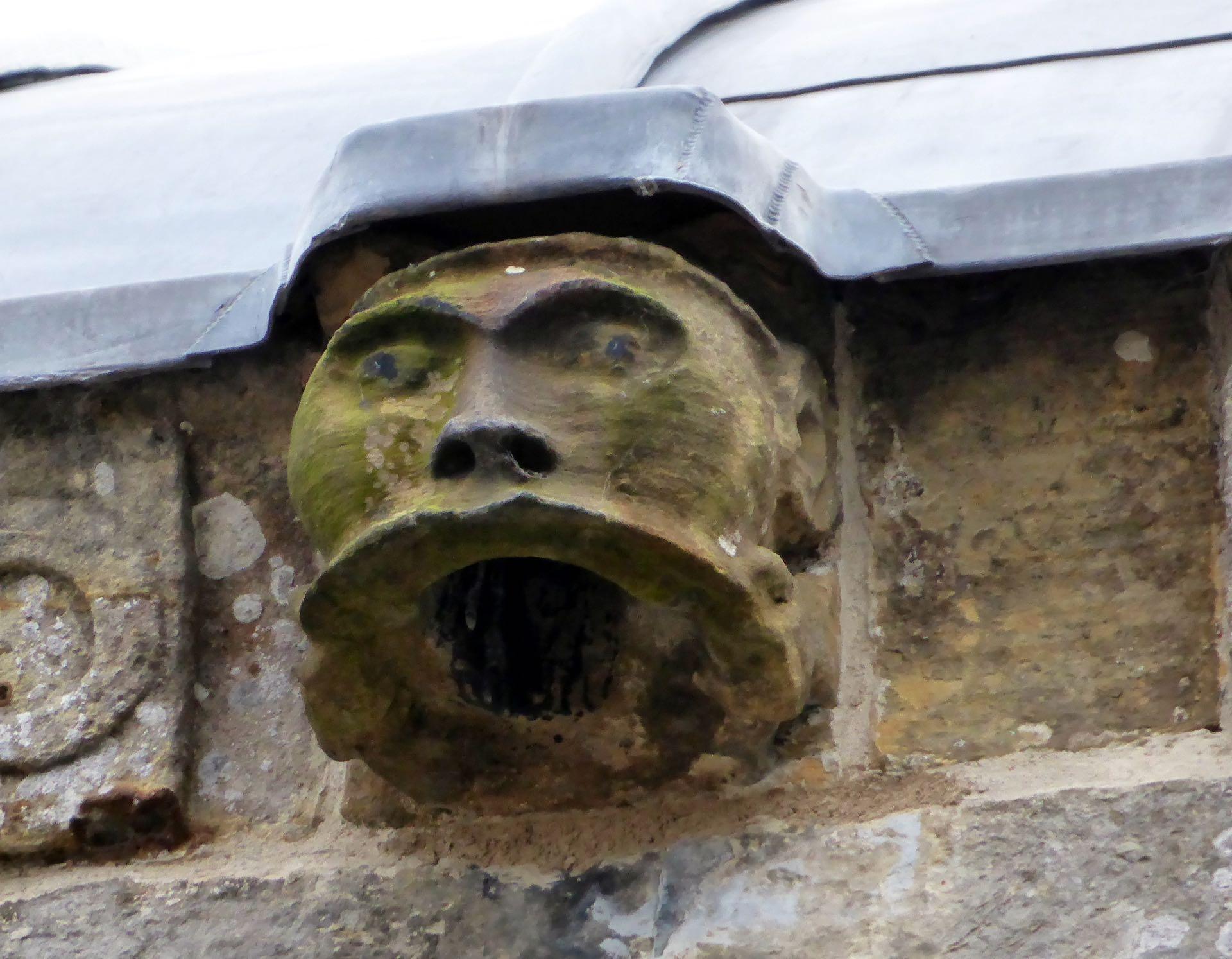 Rosslynin kappelissa riittää mystisiä kasvokuvia. Kuva: ©John Lord, Flickr.com CC BY 2.0