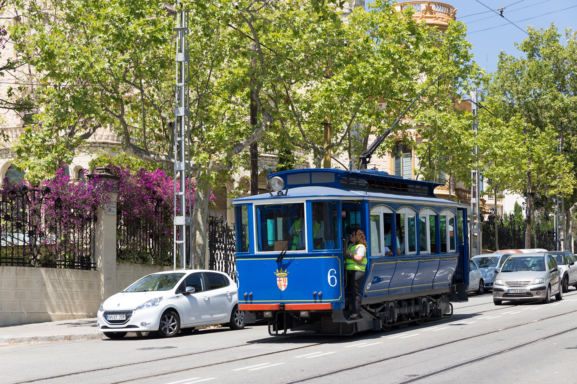 Tram Via Blau eli Sininen raitiovaunu © Tuulia Kolehmainen