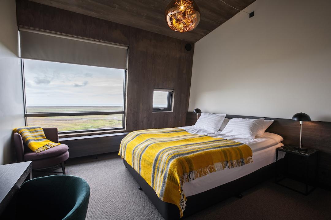 Maaseuturomantiikkaa. Fosshotel Glacier Lagoon sijaitsee Vatnajökullin ja upean jäätikkölaguunin läheisyydessä. Kuva: Fosshotel