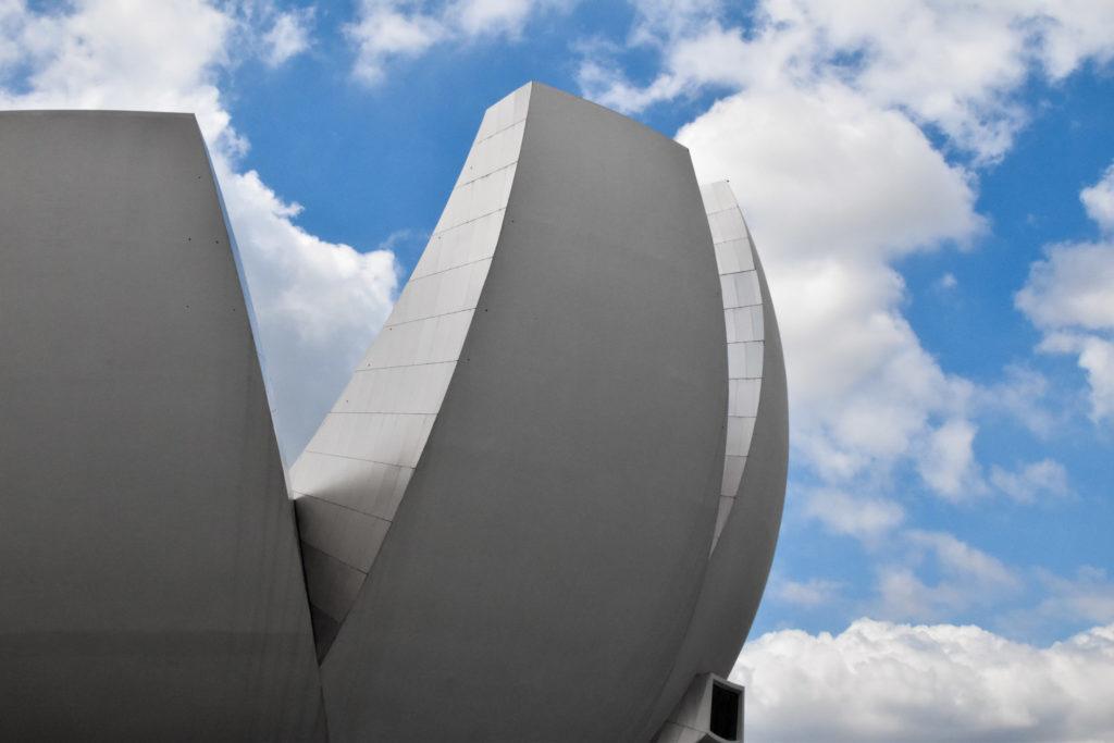 ArtScience Museum on yksi maailman valokuvatuimmista rakennuksista. Kuva: Soile Vauhkonen