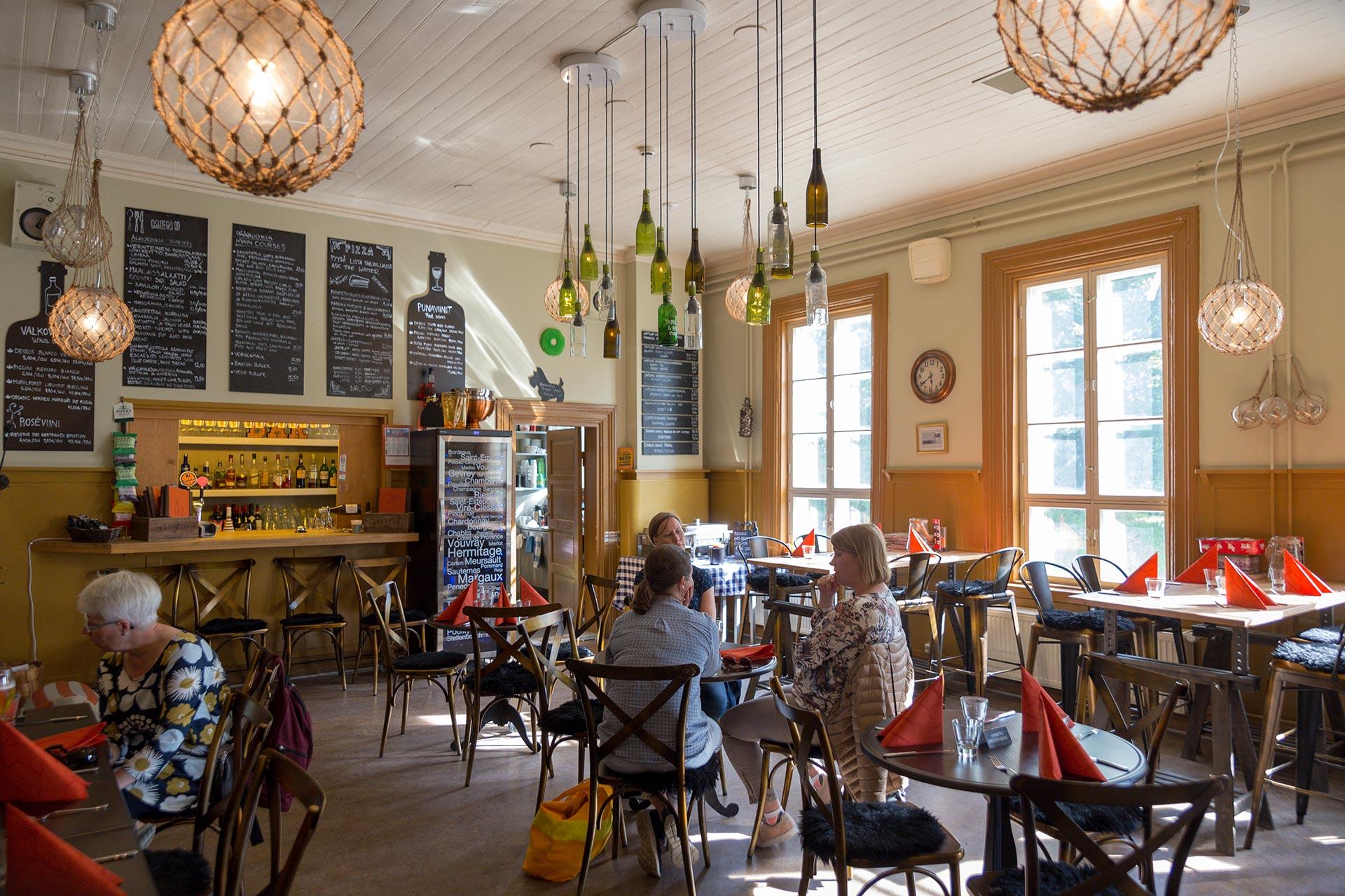 Bastion Bistro -ravintola Helsingissä© Tuulia Kolehmainen