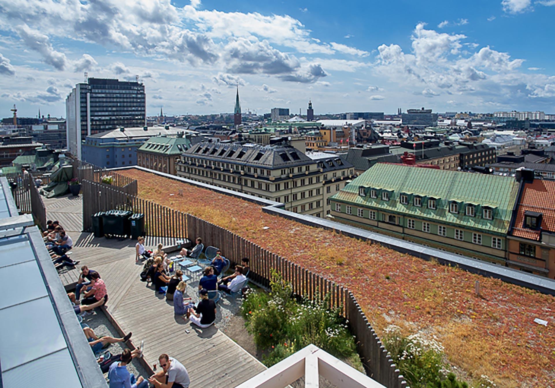 Urban Delin kattoterassi Takpark on auki kesäisin. Kuva: Urban Deli