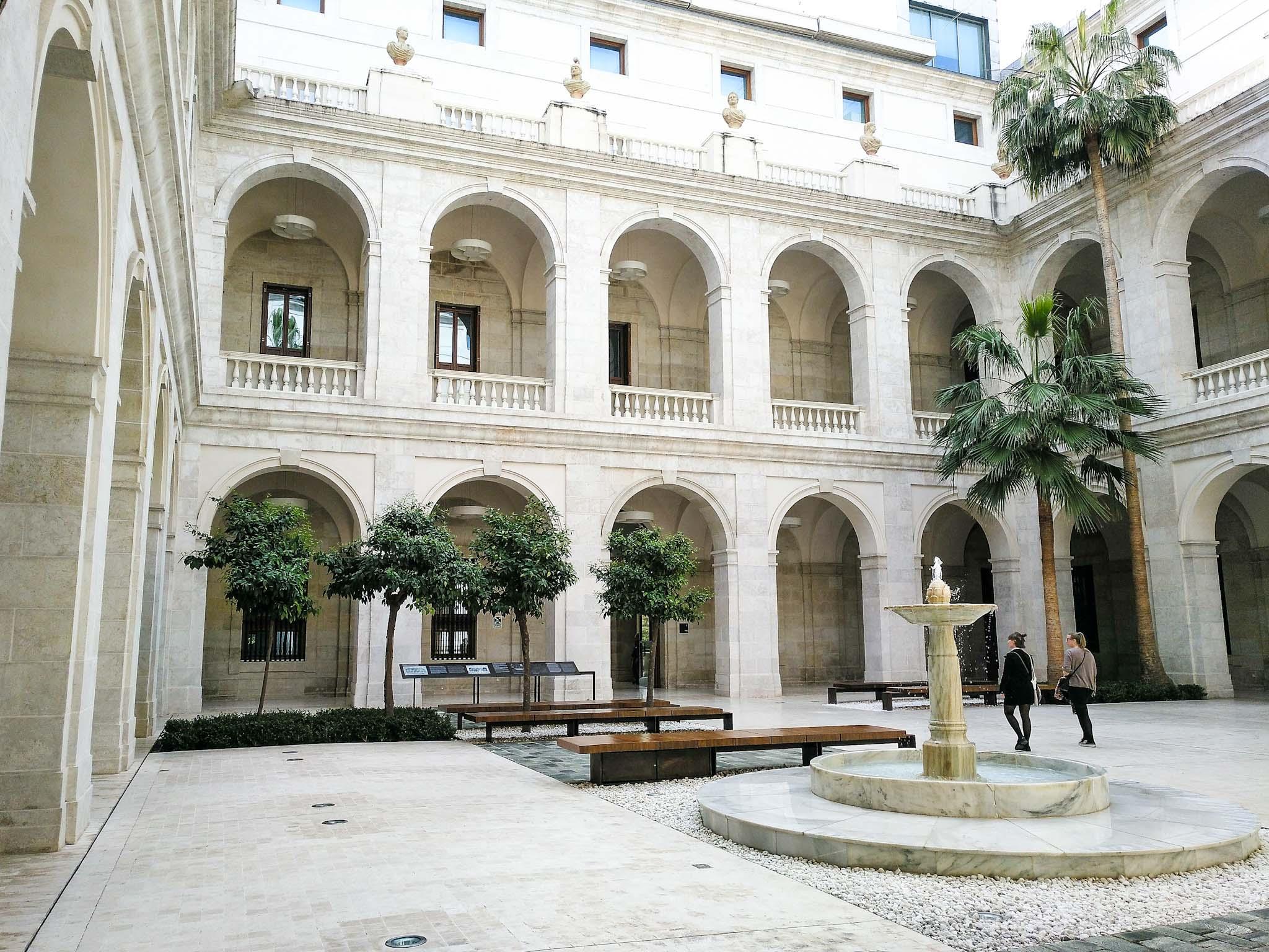 aduana palatsi