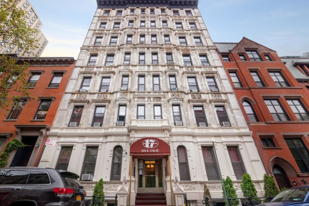 © Hotel 17, New York