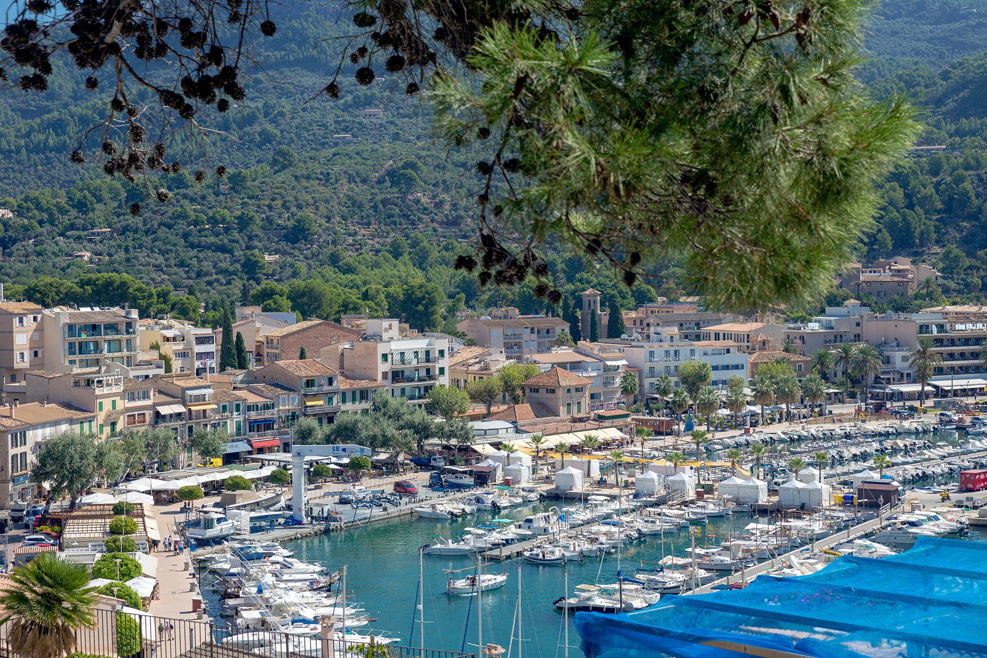 Port de Sóller, Mallorca © Tuulia Kolehmainen