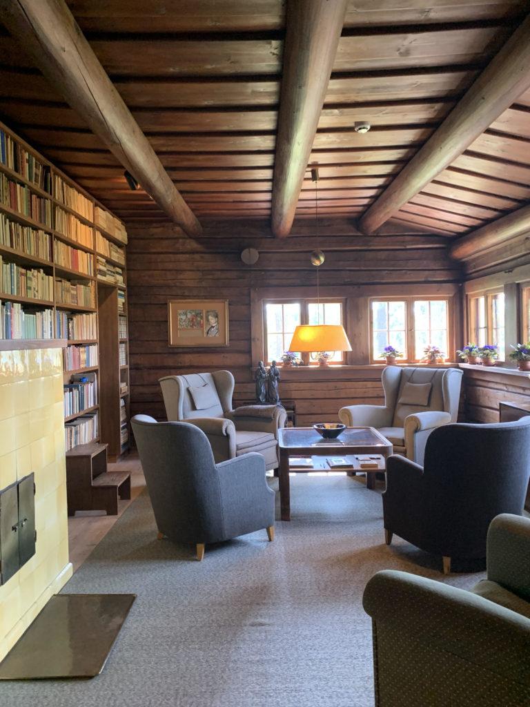 Ainolan kirjastohuone. © Moona Laakso