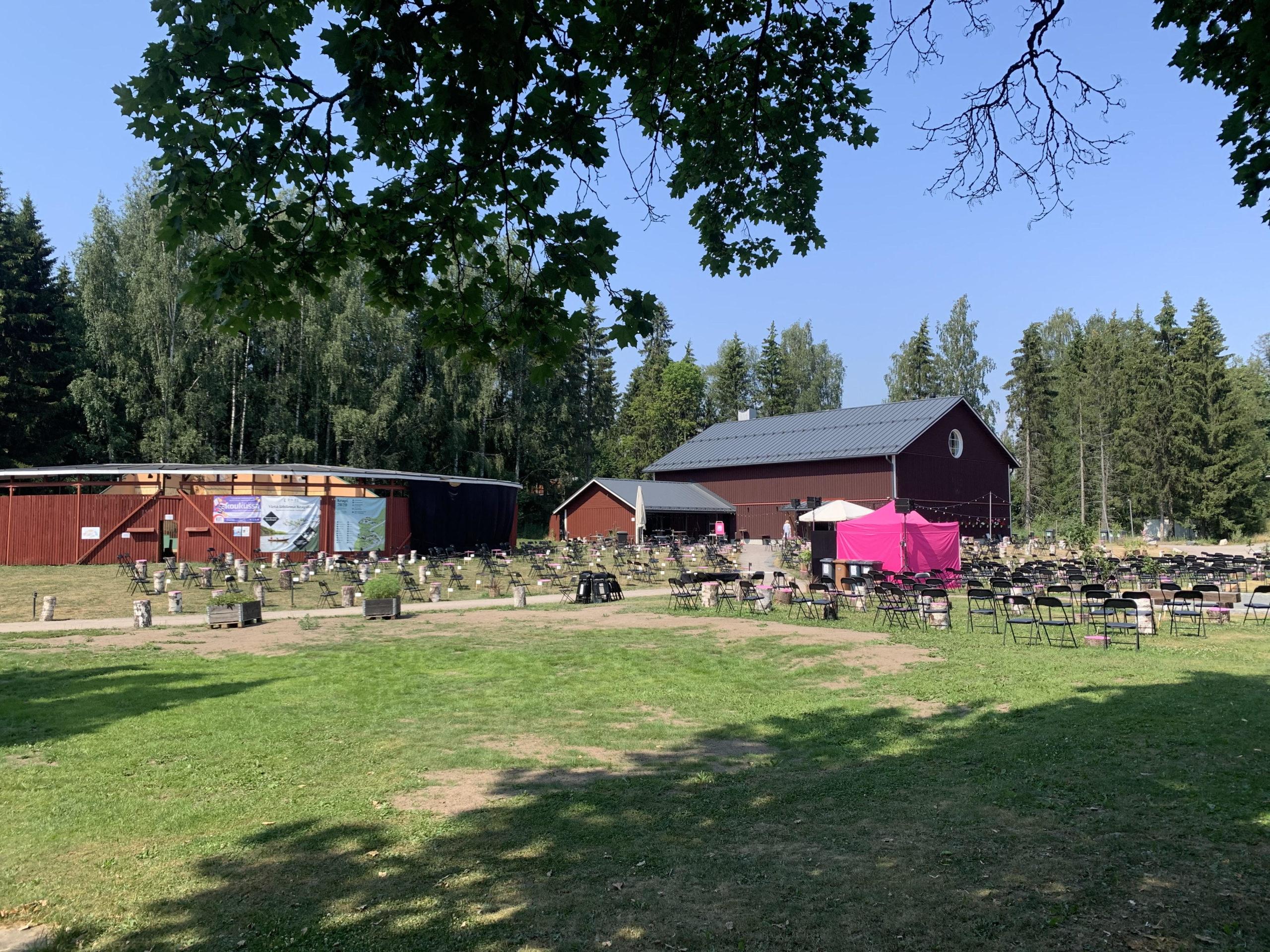 Krapilla järjestetään kesäisin puistokonsertteja. © Moona Laakso