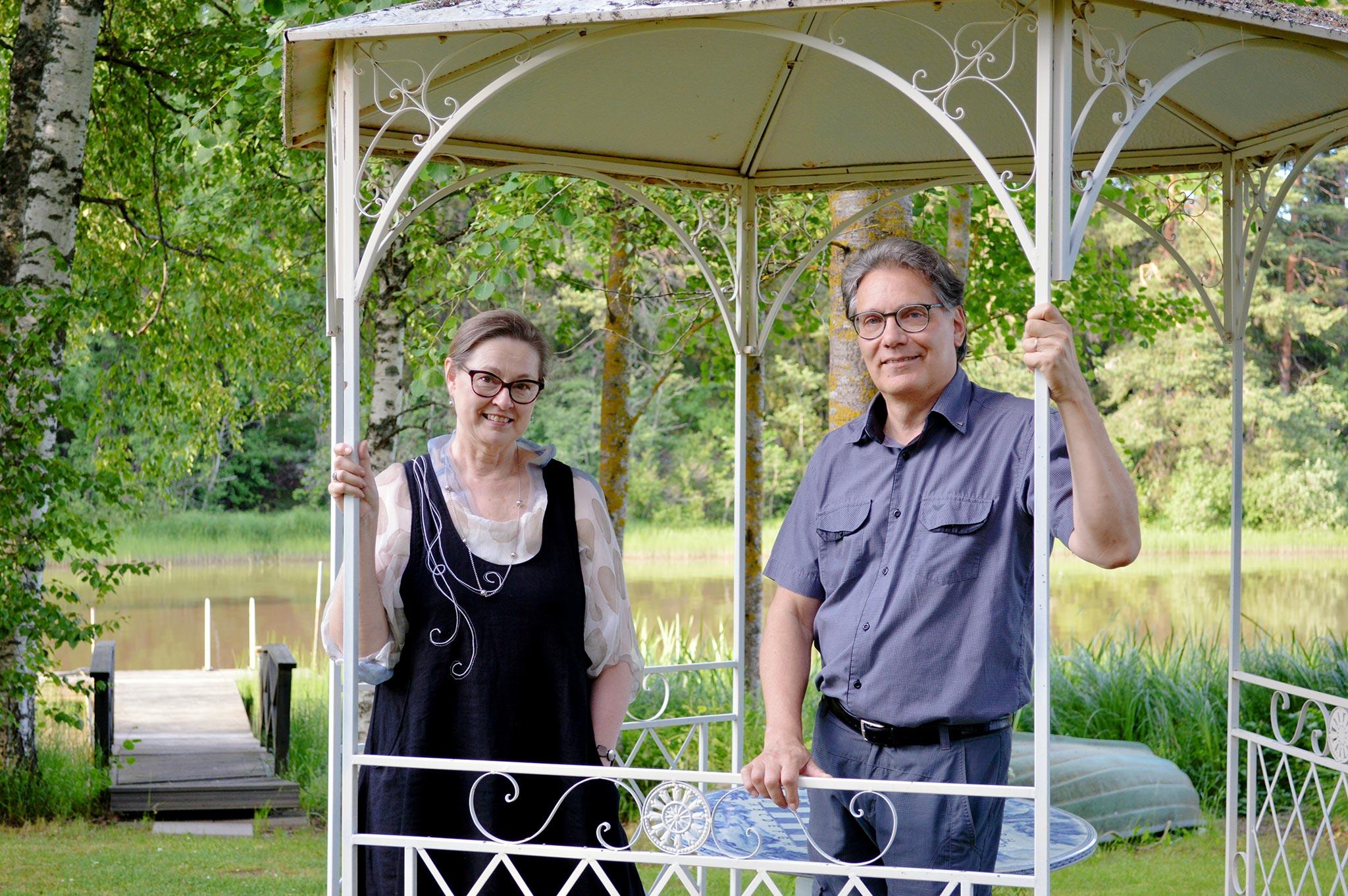 Raino Hurme ja Soili Suominen-Hurme ostivat huonokuntoisen kartanon vuonna 2005. He kunnostivat kartanon, joka toimii nykyisin niin heidän kotinaan kuin majoitus- ja juhlakäytössä.